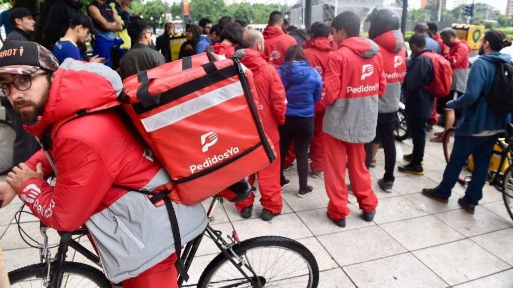 La Justicia ordenó a la Ciudad que suspenda los deliverys en bicicleta hasta que sumen medidas de seguridad
