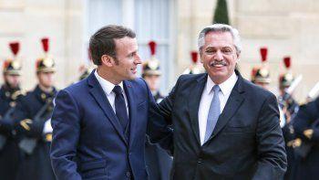 Alberto Fernández durante su primer gira europea en 2020 con el francés, Emmanuel Macron. Volverá a visitar Francia, España, Italia, Alemania y no descarta cerrar la gira en Rusia. (Foto: Archivo Presidencia)