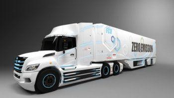 Toyota e Hino desarrollarán un camión eléctrico de pila de combustible en EE.UU.