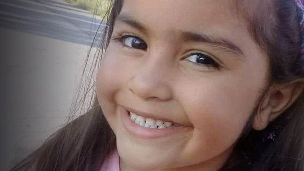 Guadalupe Belén lucero.