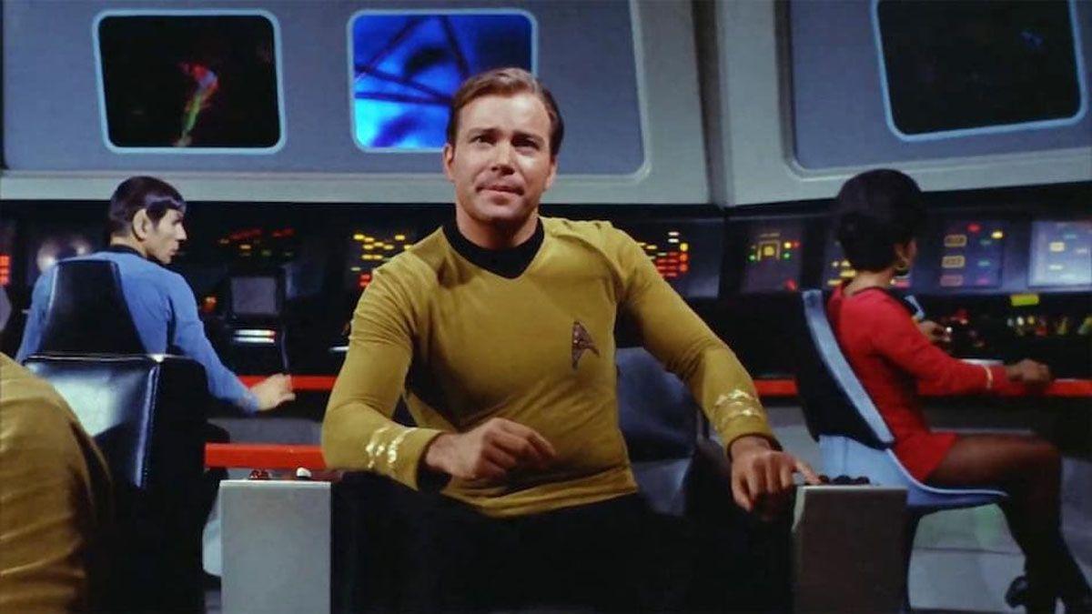 El capitán Kirk, al mando de la nave