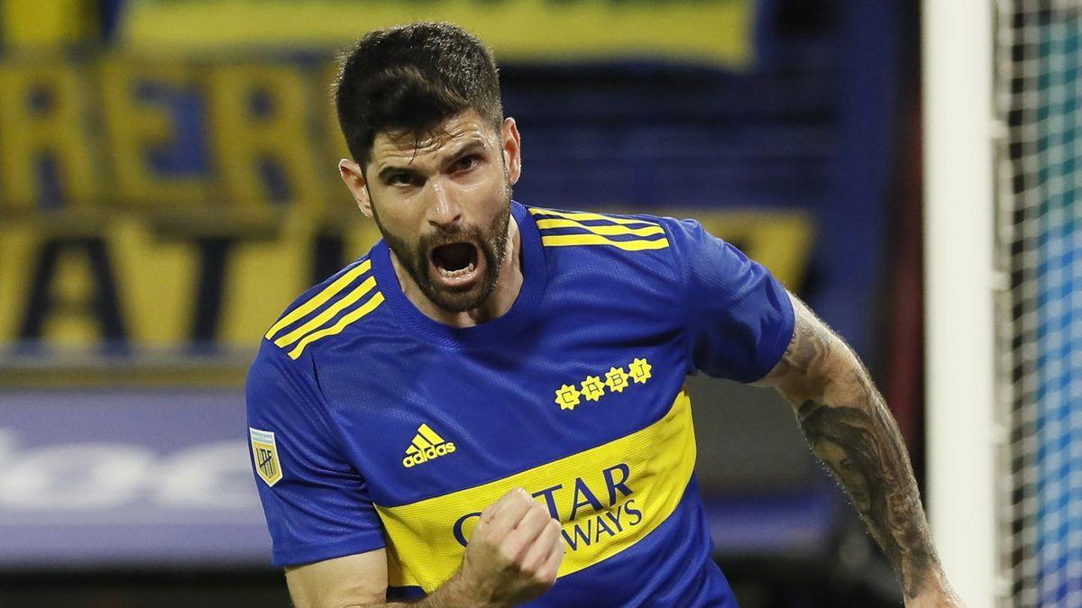 Desahogo: Orsini y su primer gol en Boca.