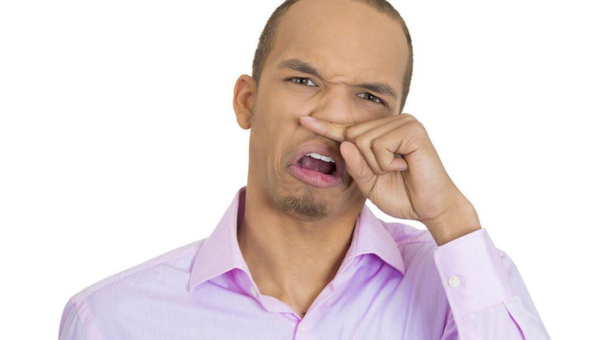 Inventaron la solución para los olores de las flatulencias.