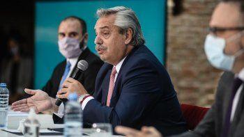 La Casa Rosada abre el paraguas y prepara medidas en busca de contener otro derrumbe económico