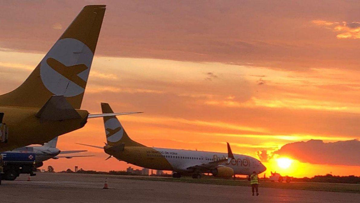 El Palomar: a partir de hoy rige la prohibición de volar de noche y Flybondi desafía la medida con una nueva estrategia