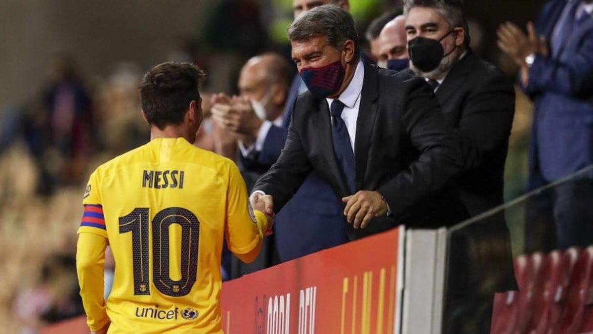 Lionel Messi y Joan Laporta