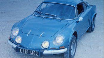 Con el Alpine A110, la marca logró el éxito comercial. La producción de los A110 no paraba de aumentar, las victorias en rally se acumulaban, los éxitos de los prototipos en Le Mans hacían famoso al Alpine (El litro de gasolina más rápido del mundo) y Henri Grandsire, campeón de Francia F3 en Alpine, encarnó para televisión al famoso personaje de cómic Michel Vaillant que pilotaba Alpine-Vaillant. El A110 evolucionó de manera regular. Primero lo hizo con un motor 1108 cm3, después con un motor 1255 cm3, y más adelante con un 1565 cm3 y un 1605 cm3. En cuanto a la estética, las modificaciones eran de orden menor, pero múltiples: calandra con cuatro faros, aletas más anchas, radiador delantero, tiradores con botón de puerta, faldón trasero desmontable, etc… hasta 1977, último año de producción (1600 SX con un motor de 1647 cm3).