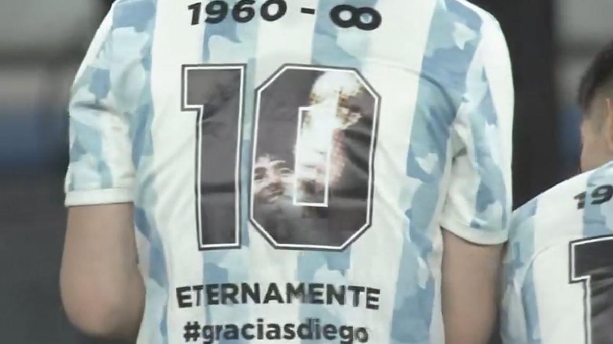 La Selección Sub-23 ya había homenajeado a Maradona y ahora lo hará la Mayor.