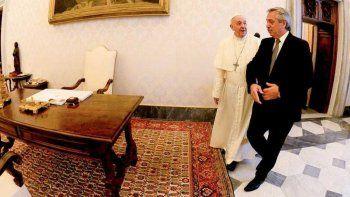 Con Guzmán de celestino, Alberto inicia gira por Europa en busca de apoyo ante el FMI