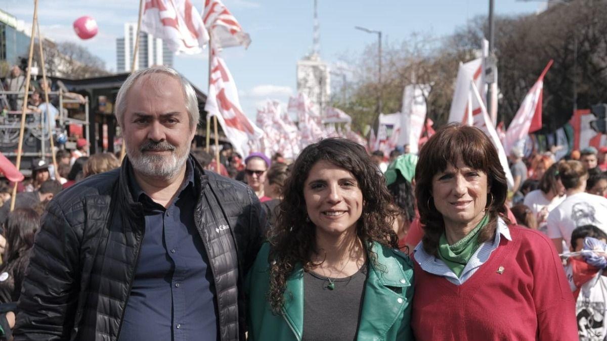 PASO: el Frente de Izquierda oficializó su lista de candidatos