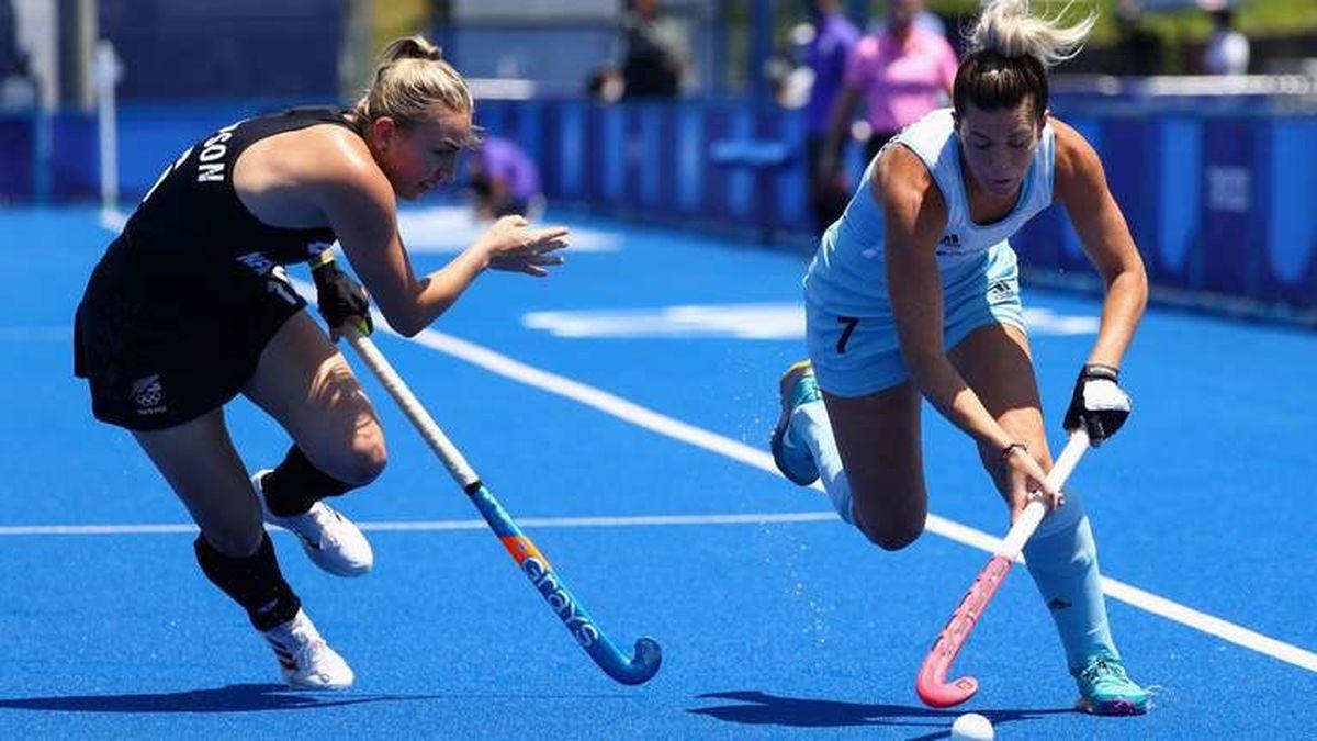 Las Leonas perdieron ante Nueva Zelanda en su debut.