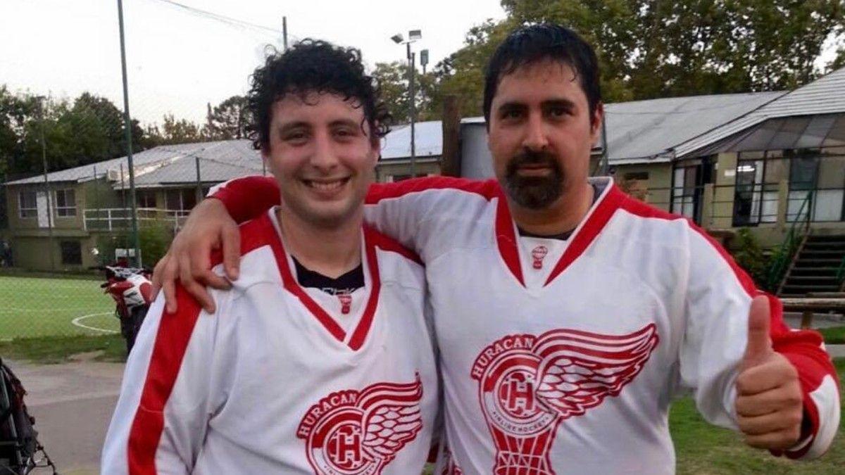 Daniel Cocchia con Matías Dragun hace varios años compartiendo equipo. Hace varios años querían hacer algo juntos: hoy es su socio en el helado. (Foto: familia Cocchia)