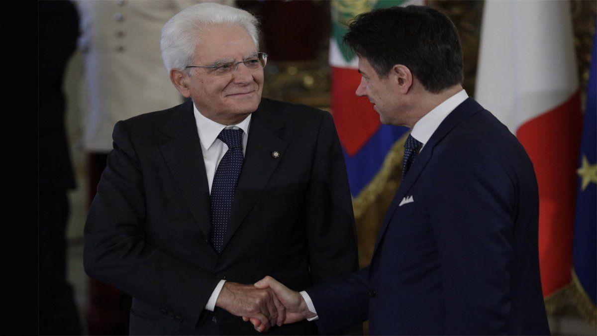 Conte renunció como primer ministro italiano, pero igual aspira a un tercer período al frente del gobierno