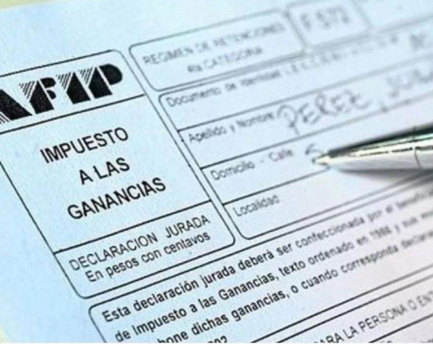 El aguinaldo de los sueldos hasta 150 mil pesos brutos pagará impuesto a las Ganancias. (Foto: archivo)
