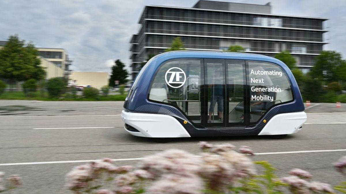 ZF está ampliando su gama de productos para sistemas de lanzadera autónomos y eléctricos. Con efecto inmediato