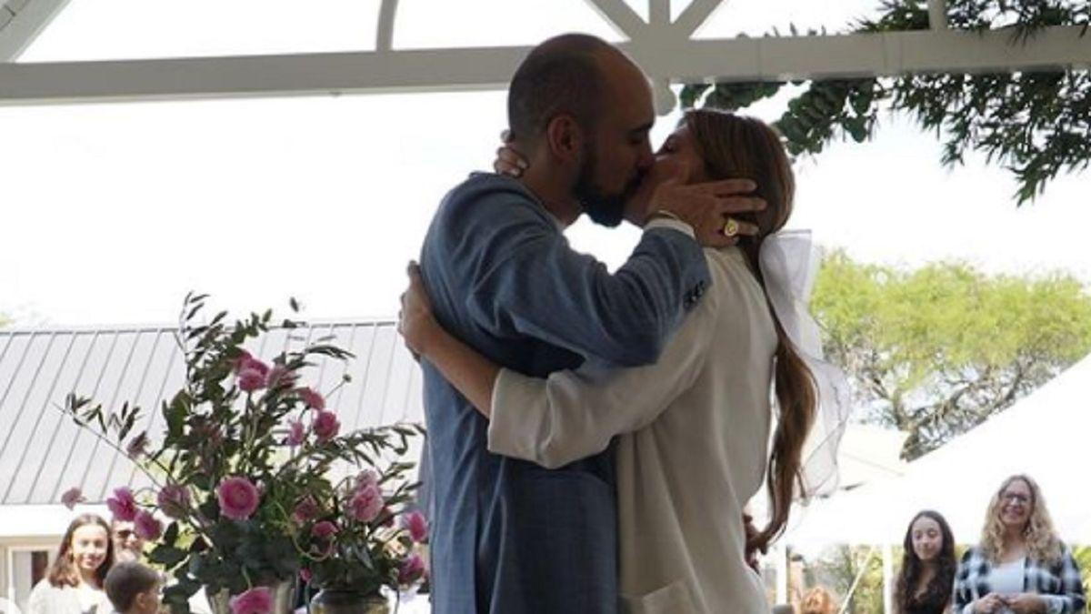 Abel Pintos se casó con Mora Calabrese
