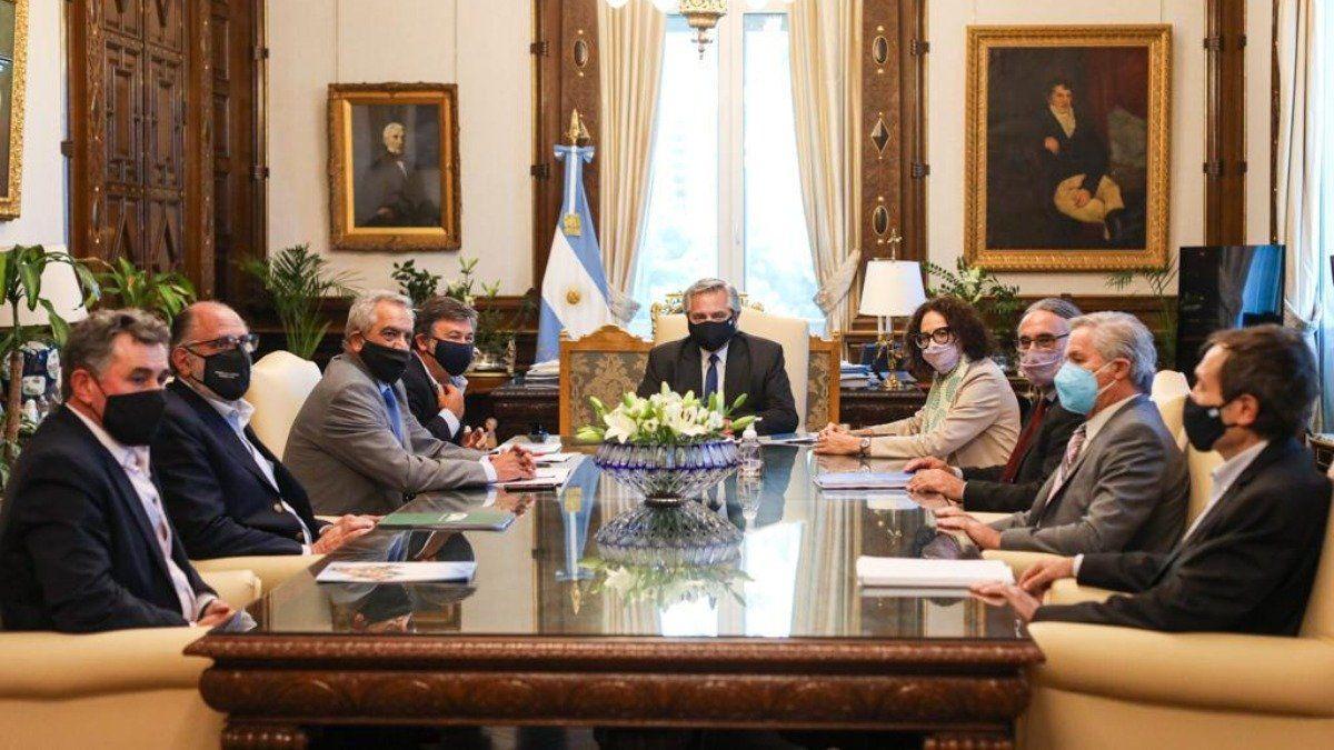 La última vez del Presidente Alberto Fernández junto a la Mesa de Enlace y parte de su Gabinete.