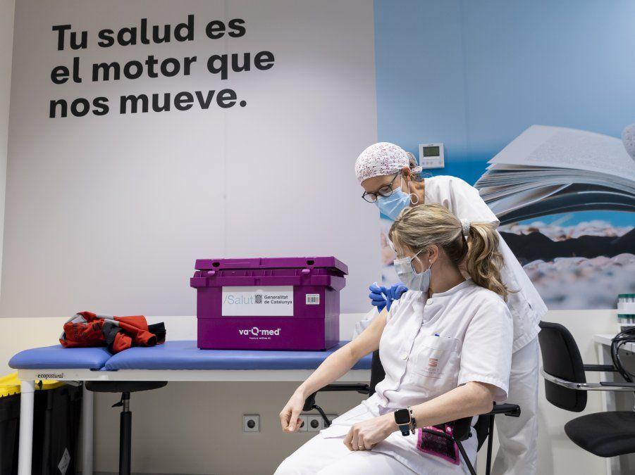 SEAT S.A. fue la primera compañía en España en realizar masivamente test PCR a sus más de 15.000 empleados. Al testear de forma sistemática