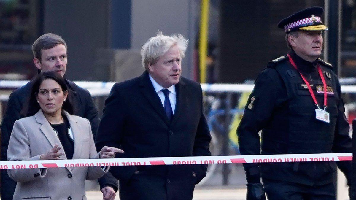 Confirman que el atacante de Londres había estado preso por extremismo y Boris Jonhson reclama endurecer las penas