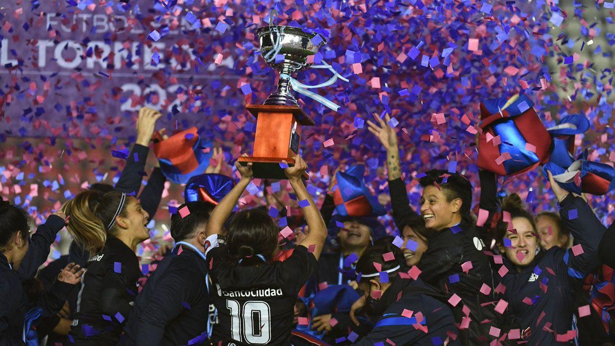 San Lorenzo es el nuevo campeón del fútbol argentino femenino.