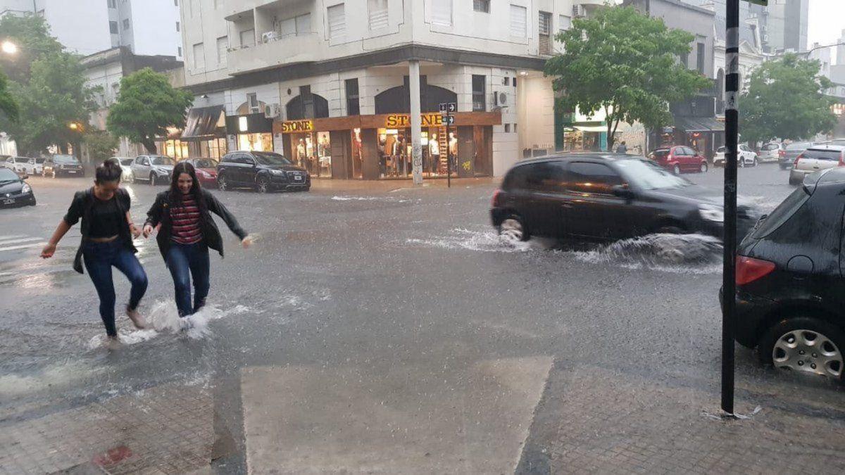 Después de un sábado pasado por agua, cuál es el pronóstico del tiempo para hoy