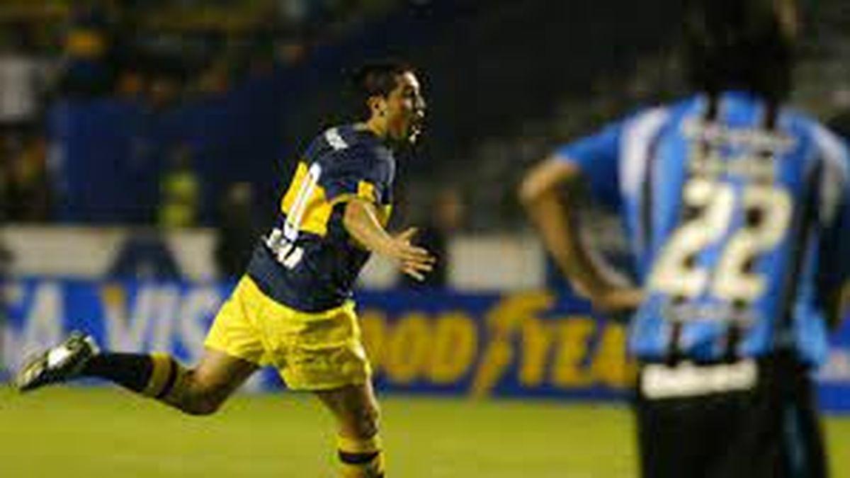 Riquelme festejando el gol en la final de la Libertadores ante Gremio