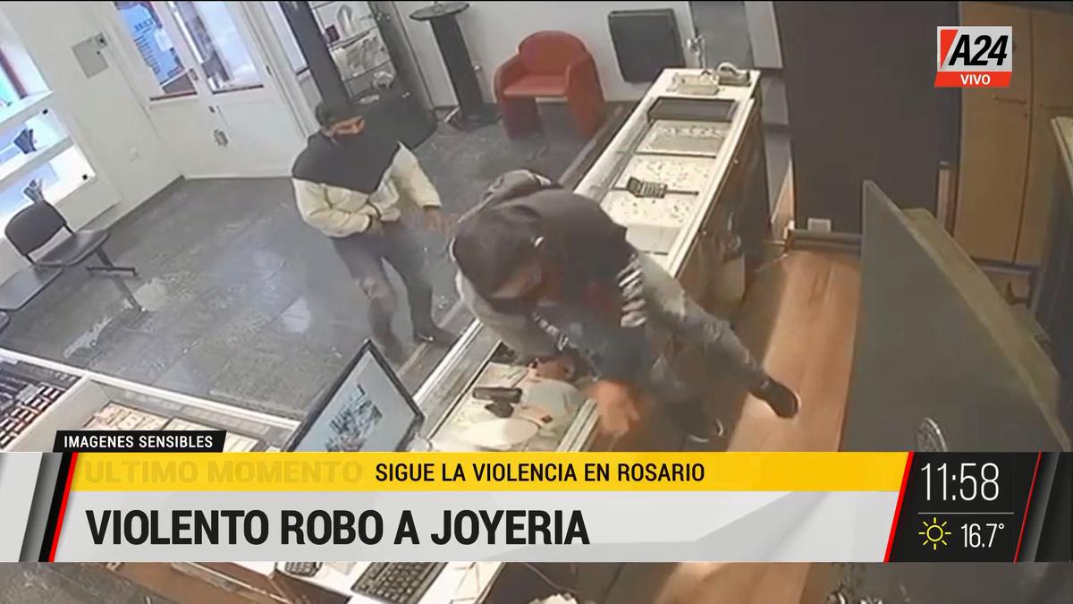 Violento robo a una reconocida joyería en Rosario. (Captura de Tv)