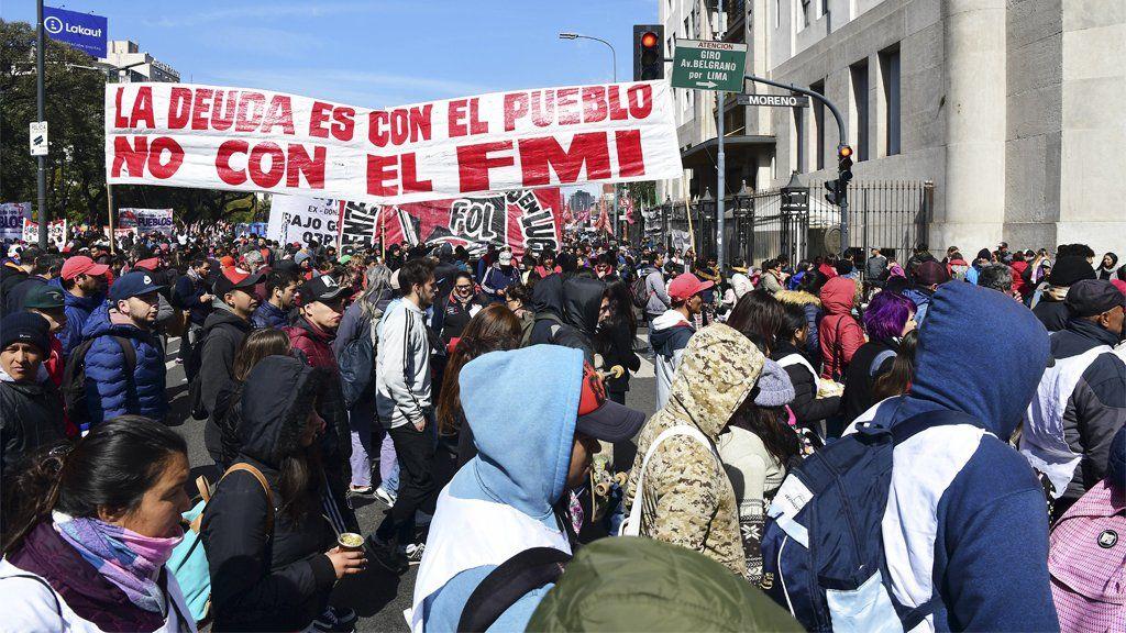 Este martes seguirán las protestas en las calles: habrá cortes, marchas y movilizaciones en todo el país