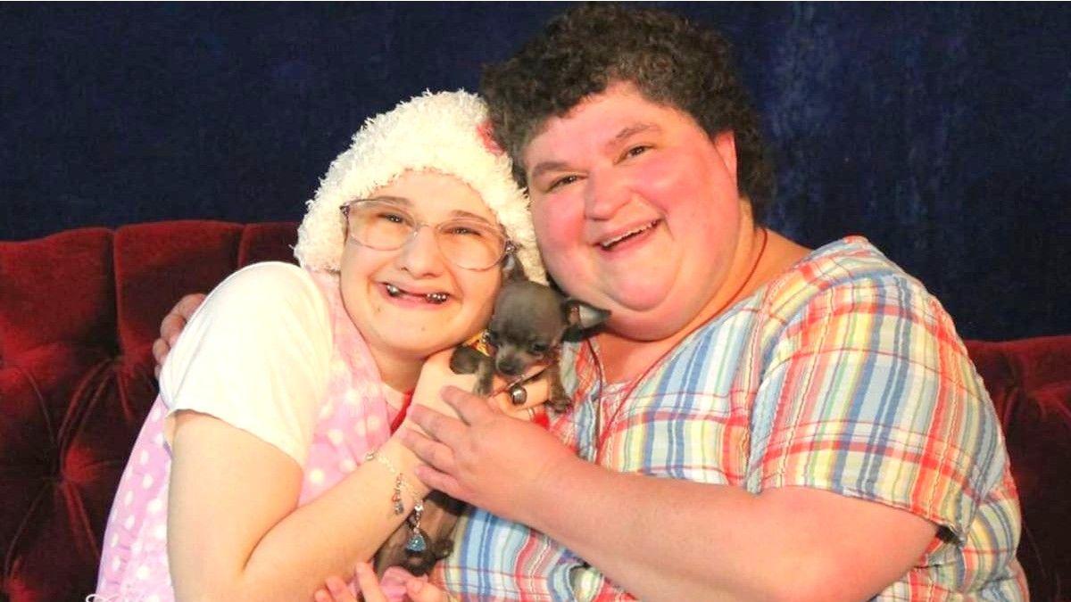 Dee Dee Blanchard posa junto a su hija Gypsy Rose.