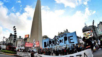 Semana complicada para el Gobierno: se vienen protestas de Camioneros y de los movimientos sociales