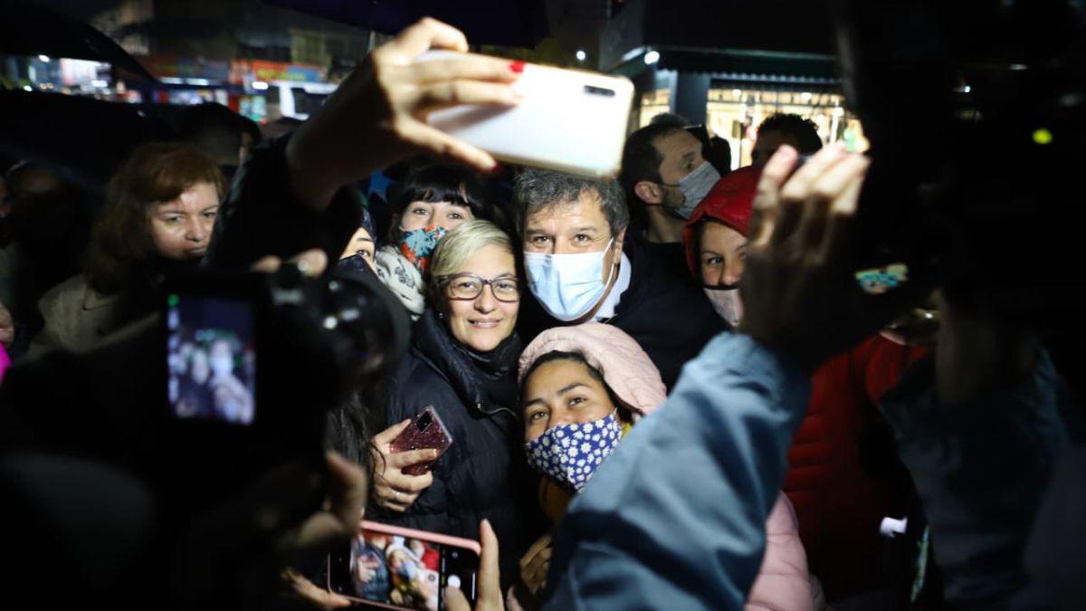 Facundo Manes vota en la Ciudad de Buenos Aires. López Murphy esperará los resultados en su oficina