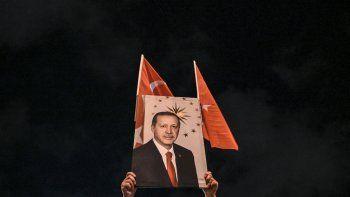 Devaluó Turquía y hay temor en los mercados emergentes