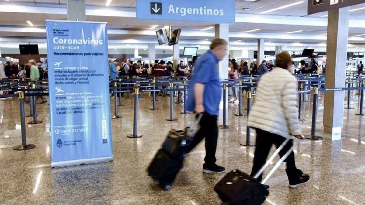 Los argentinos que viajaron al exterior por trabajo deberán cumplir con aislamiento al regresar al país