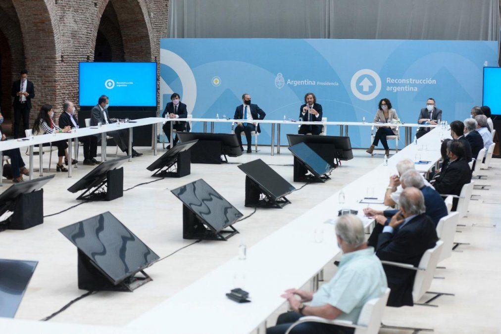 El Gobierno ratificó a los gremios que no habrá techo en las paritarias y acordaron controlar precios y la cadena de valor