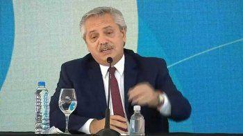Tras las críticas de Cristina, Alberto se recuesta en los gobernadores y promete sacar al Gobierno de Buenos Aires