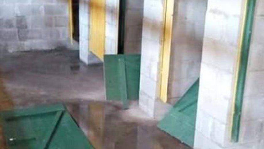 Defensa y Justicia denunció destrozos en los baños de su estadio provocados por hinchas de San Lorenzo