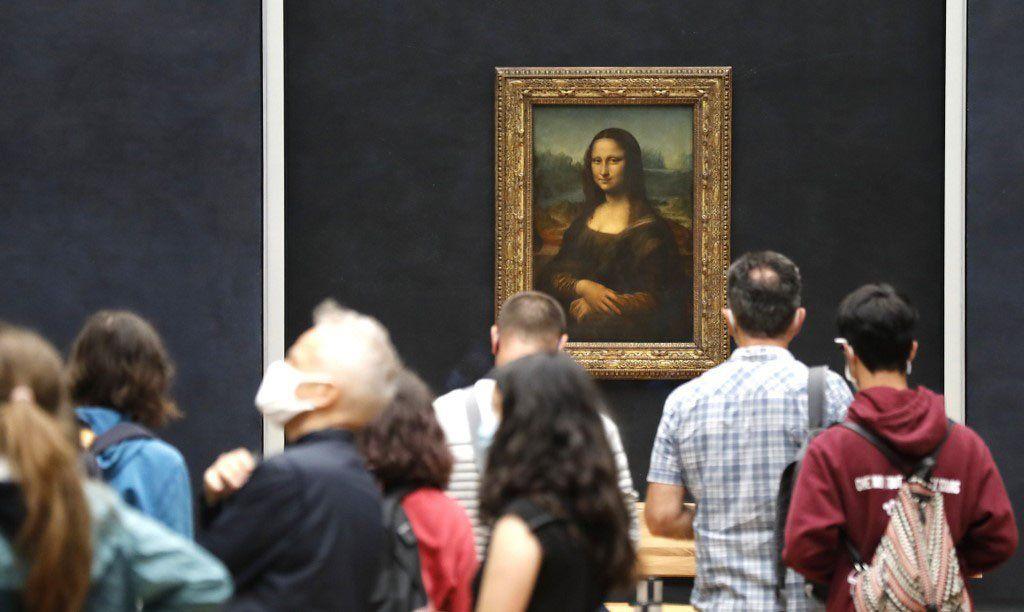 El museo del Louvre reabrió sus puertas luego de tres meses y medio cerrado por el COVID-19