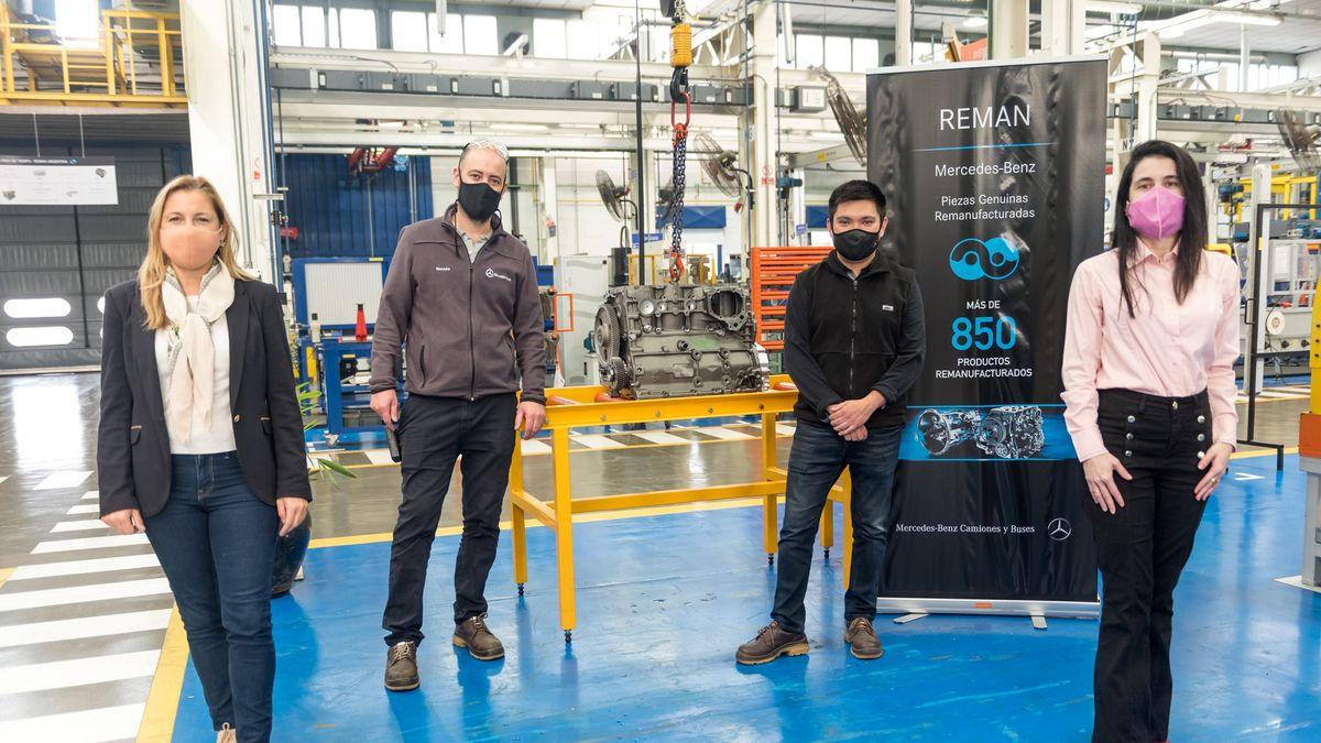 Mercedes-Benz continúa con la donación de partes mecánicas a escuelas. En el marco del compromiso por la educación asumido por la automotriz a través del programa Genios