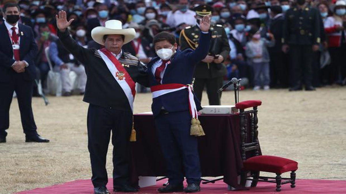 Pedro Castillo nombró a un controvertido jefe de gabinete y se olvidó del ministro de economía (Foto: Cuenta de oficial de Castillo)