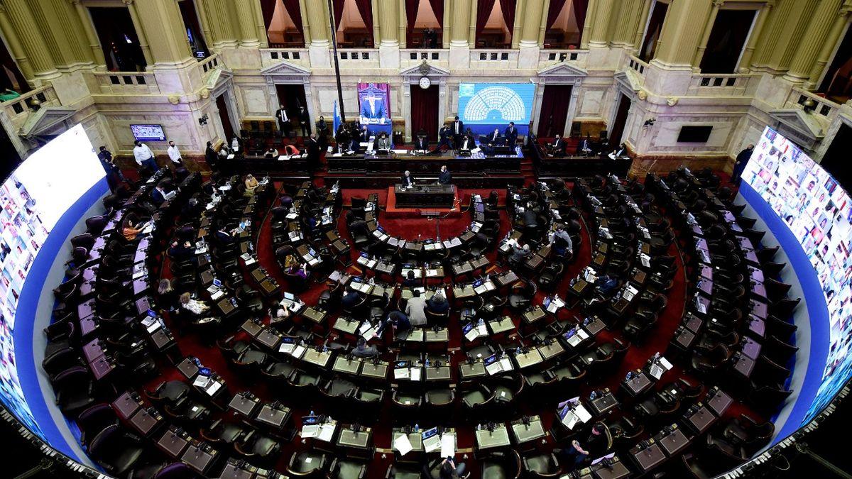 Un proyecto de ley busca impedir que los candidatos a cargos públicos nieguen o renuncien al reclamo de Malvinas (Foto: Telam).