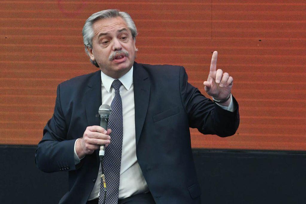 Alberto Fernández y las negociaciones con el FMI: A la deuda le decimos, no (Telam).