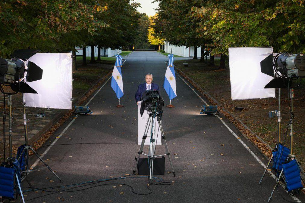 Alberto Fernández anunció las nuevas restricciones en un clima de extrema tensión por la crisis económica