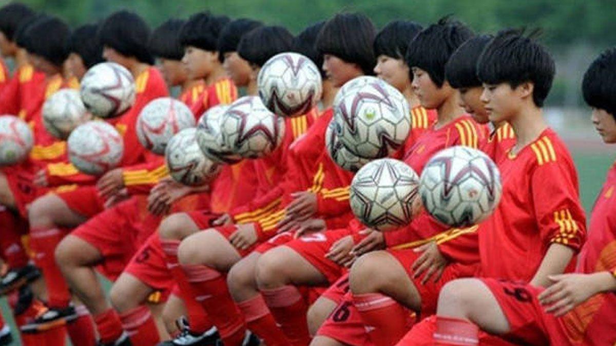 China planea construir 20 ciudades del fútbol para 2025.