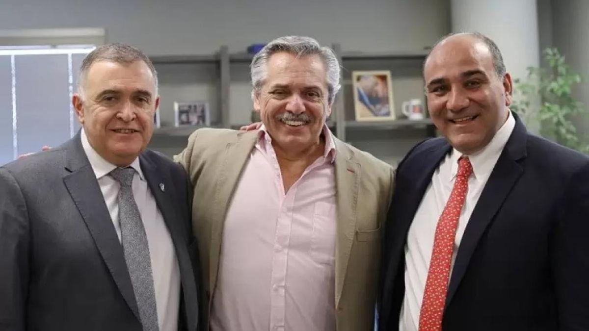 De izquierda a derecha: Osvaldo Jaldo