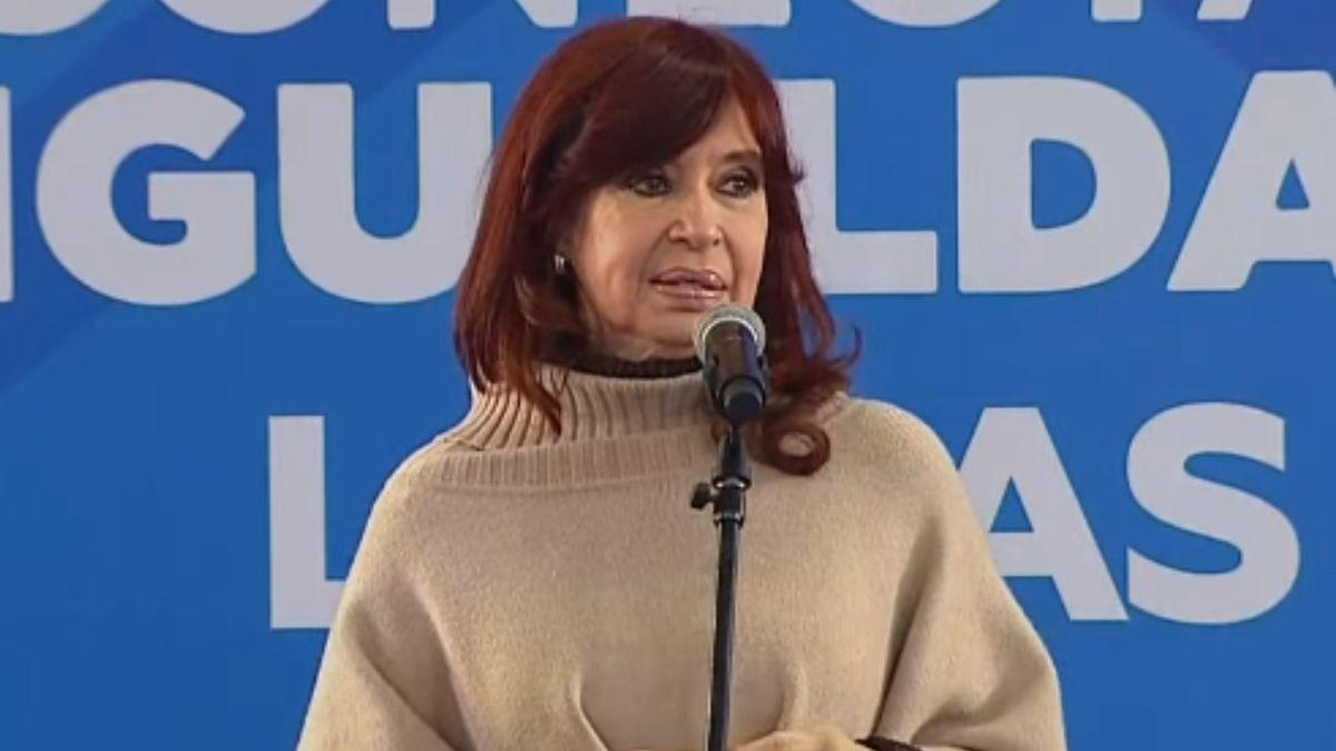 La vicepresidenta Cristina Kirchner en el acto de Lomas de Zamora.