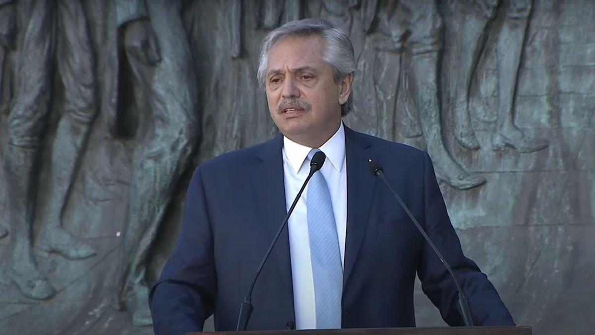 Polémica por una confusión histórica de Alberto Fernández durante el acto por el Día de la Independencia