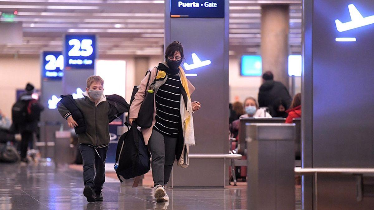 Atención varados: aumentaran el cupo de pasajeros que puede entrar a la Argentina.