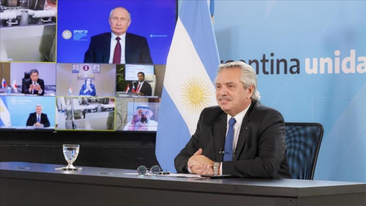 Alberto Fernández, molesto con Putin por incumplir el contrato de la Sputnik V y la polémica por las segundas dosis