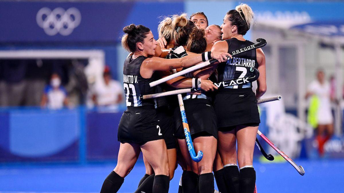 Las Leonas eliminaron a India y aseguraron medalla para Argentina.