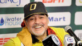 Vos sos put... de nacimiento, la frase homofóbica de Diego Maradona